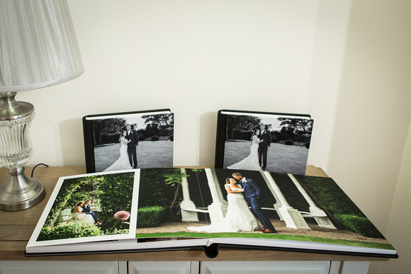 Premium storybook album 40 x 30cm with 50 pages of photos