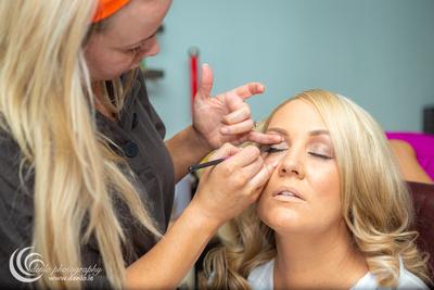 Wedding morning preparations Ciara Shane-2628