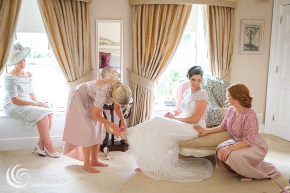 Fiona & Shane's wedding morning preparations-1536